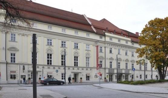 Schauspielhaus 1