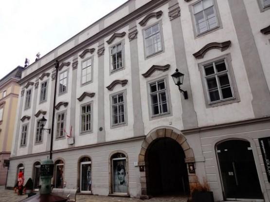 Mozartpalais 1