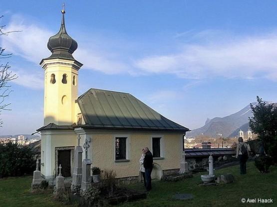 Der alte Friedhof der Mullner Pfarrkirche