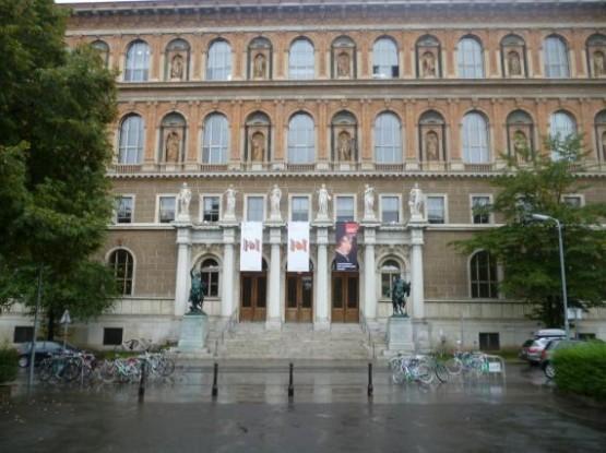 Gemaldegalerie Der Akademie Der Bildenden Kunste - Entrance