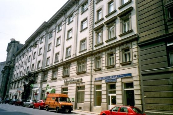 Schwarzspanierhaus 1