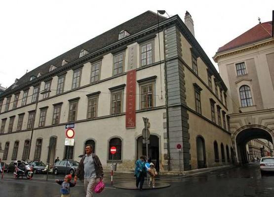 Stallburg - Lippizianer Museum