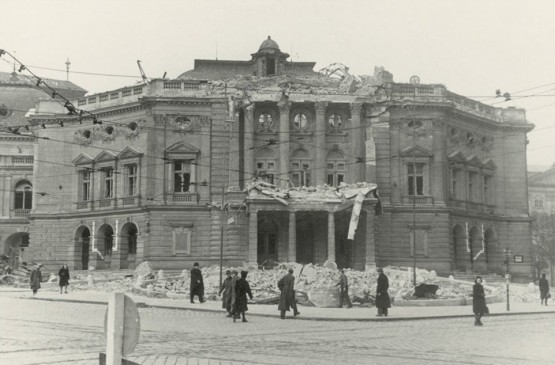 Volkstheater 1945