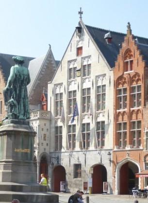 Jan Van Eyckplein - Tolhuis