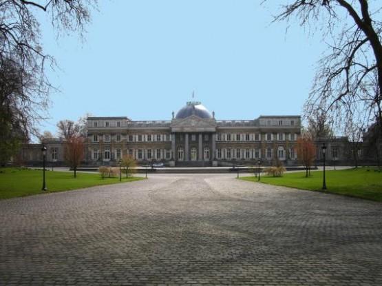 Chateau De Laeken 1