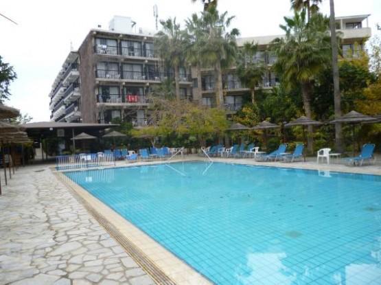 Hotel Veronica 1 (2)