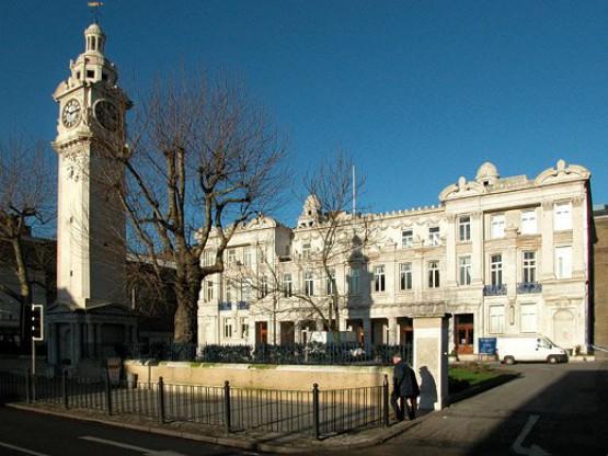 Колледж Королевы Марии