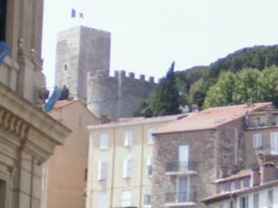 замок Кастр