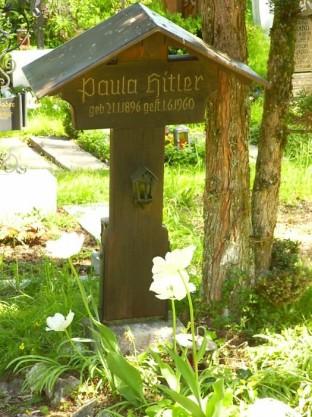 Bergfriedhof Paula Hitler Grave 2005