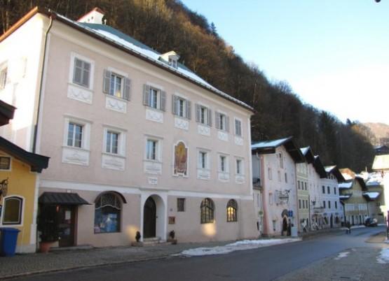 Kanzlerhaus