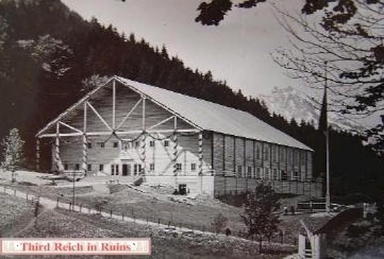 Theaterhalle