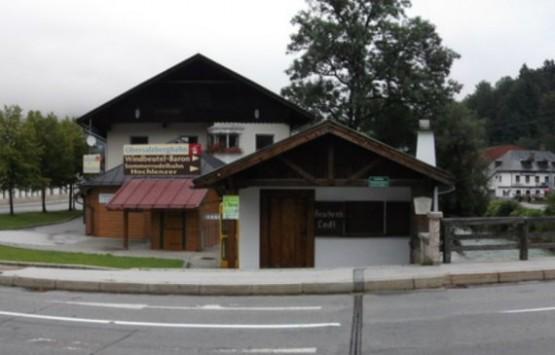 Tor Haus Schiesstattbrucke