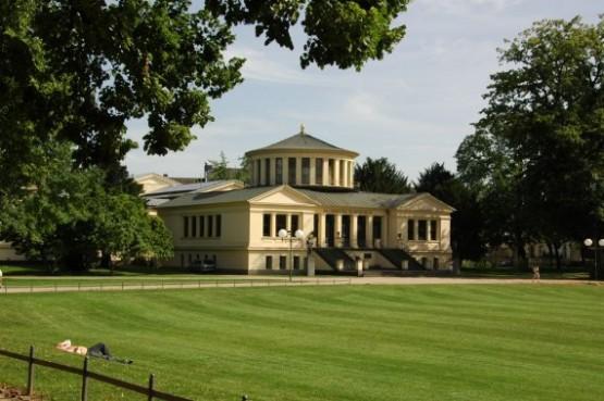 Akademisches Kunstmuseum 5