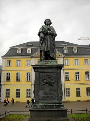 Beethoven-Denkmal 13