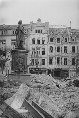 Beethoven-Denkmal 1944 1