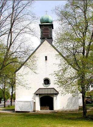 Kirche Sankt Johannes-Evangelist 1