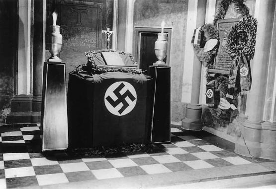 Antoniterkirche 1940