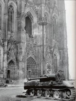 Kolner Dom -  1945