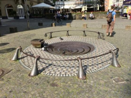 Taubenbrunnen 17
