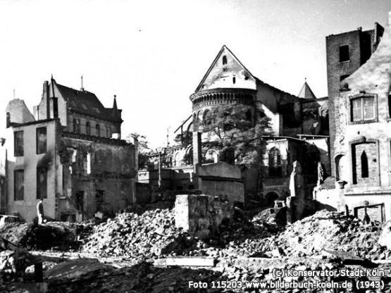 St. Maria im Kapitol 1943