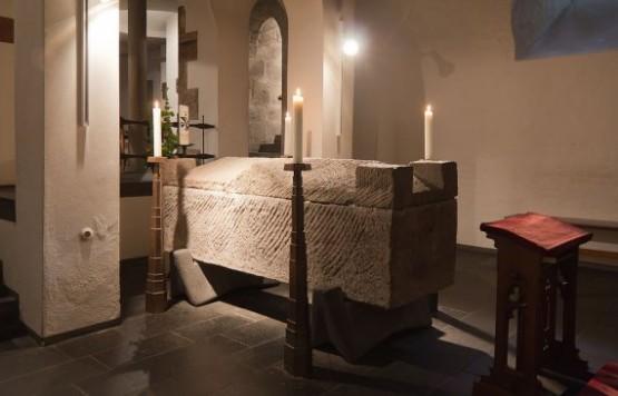 St Andreas Albertus Magnus Sarcophagus