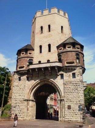 Severinstorburg 3