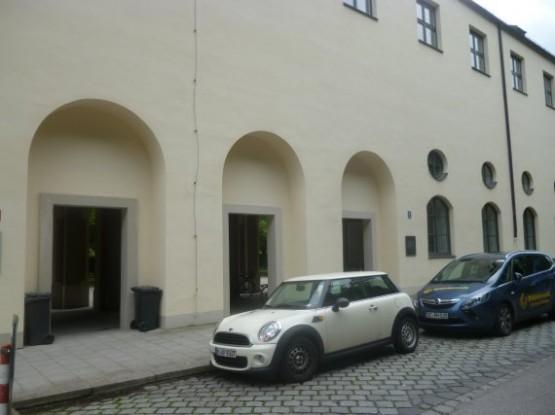 Hofgartenarkaden Deutsches Theatermuseum Entrance 2