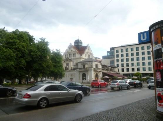Muenchner Kunstlerhaus (3)