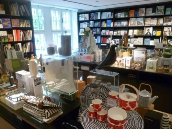 Lenbachhaus (8 - Museum Shop)