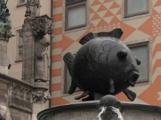Marienplatz - Fischbrunnen 2