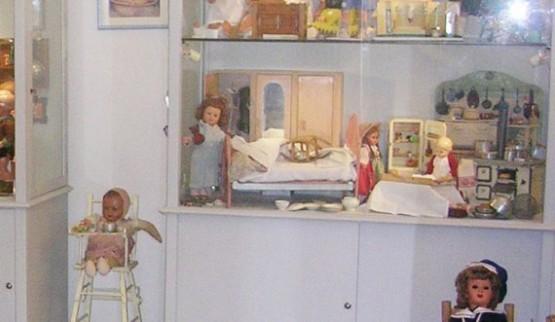 Piccolo Museo di Bambole 2