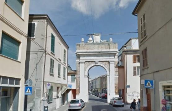Porta Ravegnana
