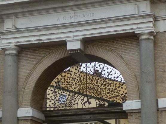 Porta Sisi 2