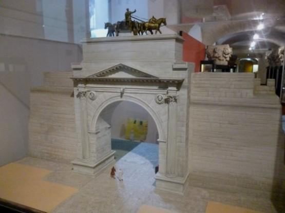 Museo Della Citta Di Rimini - Arco DAugusto
