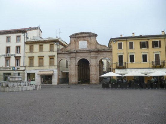 Fish Market Piazza Cavour - 2