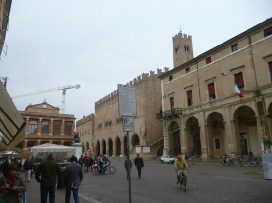 Piazza Cavour (1)