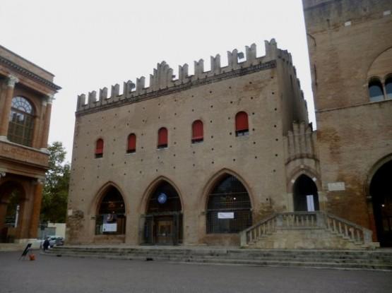 Palazzo del Podesta (2)