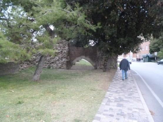 Porta Galliana (2)