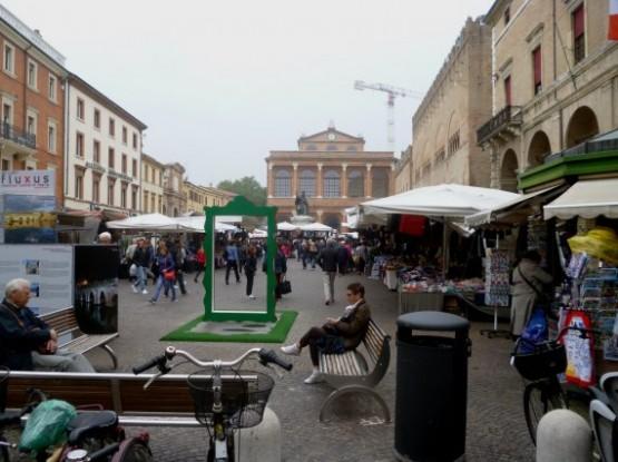 Street Market Piazza Cavour - 3