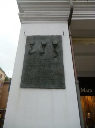 Piazza Tre Martiri - Tre Martiri Monument