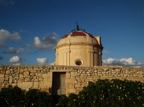 Церковь и замок Пресвятой Девы Марии