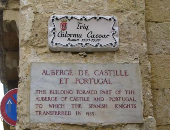 Auberge De Castille Et De Portugal tablet