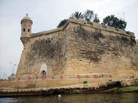Fort St Angelo - Tower