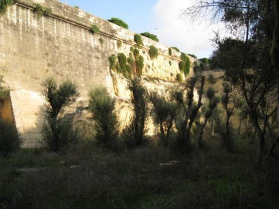 Poste De Castile - one more ditch