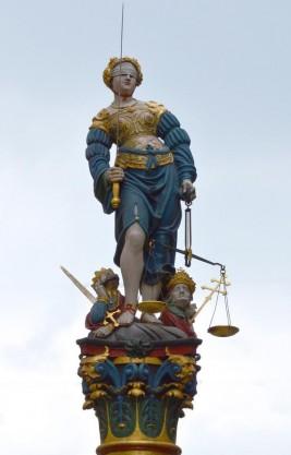 Gerechtigkeitsbrunnen 1