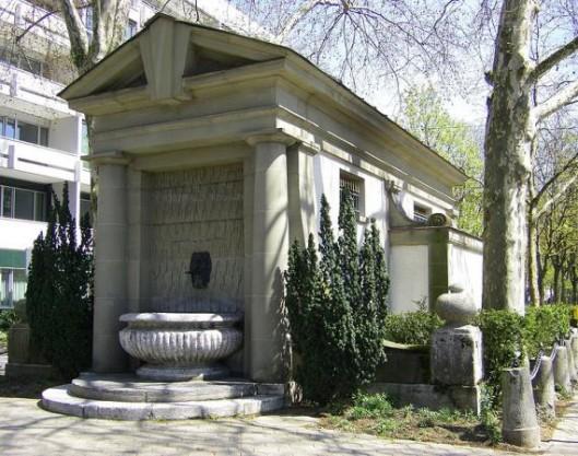 Munzbrunnen 1